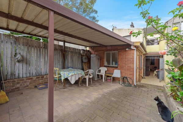 $155, Share-house, 4 bathrooms, Oxford Street, Paddington NSW 2021