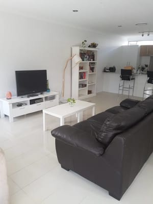 $220, Flatshare, 3 bathrooms, Wilton Terrace, Yeronga QLD 4104