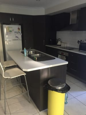 $180, Share-house, 3 bathrooms, Alexandra Street, Balmoral QLD 4171