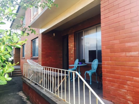 $180, Flatshare, 2 bathrooms, Berner Street, Merewether NSW 2291