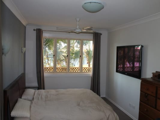 $180, Flatshare, 3 bathrooms, Coombe Avenue, Hope Island QLD 4212