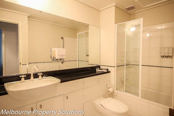 $140, Flatshare, 2 bathrooms, Exhibition Street, Melbourne VIC 3000