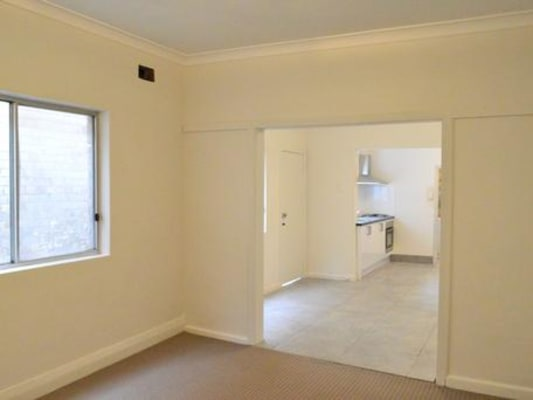 $330, Share-house, 3 bathrooms, Baptist Street, Redfern NSW 2016
