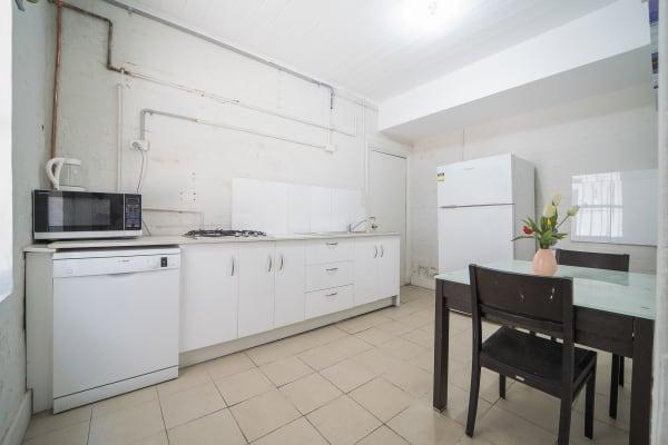 $100-285, Share-house, 2 rooms, Bellevue Street, Surry Hills NSW 2010, Bellevue Street, Surry Hills NSW 2010