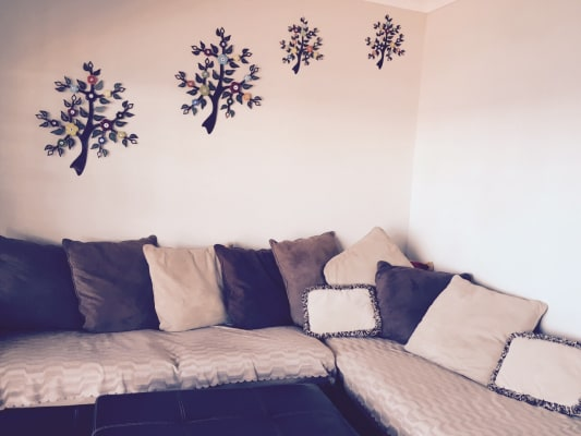 $150, Share-house, 2 bathrooms, Northcliffe Drive, Lake Heights NSW 2502