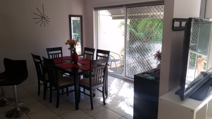 $155, Share-house, 4 bathrooms, Government Road, Labrador QLD 4215