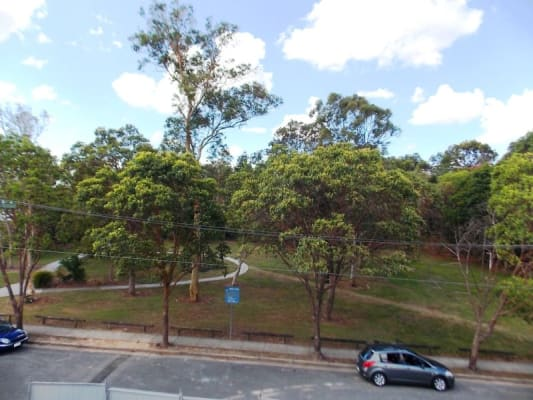$250, Flatshare, 2 bathrooms, Vallely Street, Annerley QLD 4103
