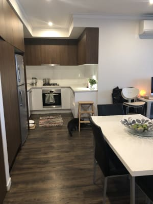 $290, Flatshare, 2 bathrooms, Tondara Lane, West End QLD 4101