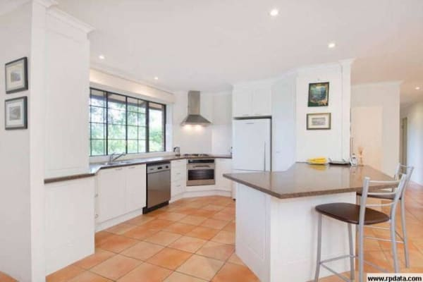 $196, Share-house, 3 bathrooms, Woodstock Avenue, Taringa QLD 4068
