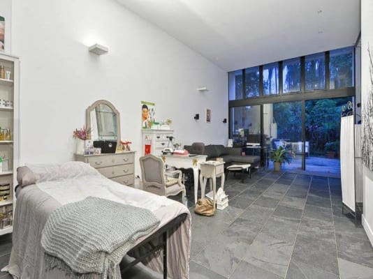 $340, Share-house, 4 bathrooms, Grays Road, Hamilton QLD 4007