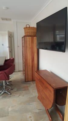 $300, Studio, 1 bathroom, Twyford Street, Box Hill North VIC 3129