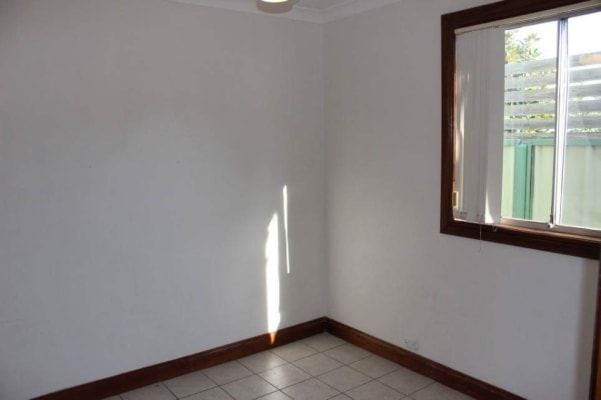 $325, Granny-flat, 2 bathrooms, Gosford Road, Broadmeadow NSW 2292