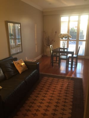 $360, Flatshare, 3 bathrooms, New South Head Road, Edgecliff NSW 2027