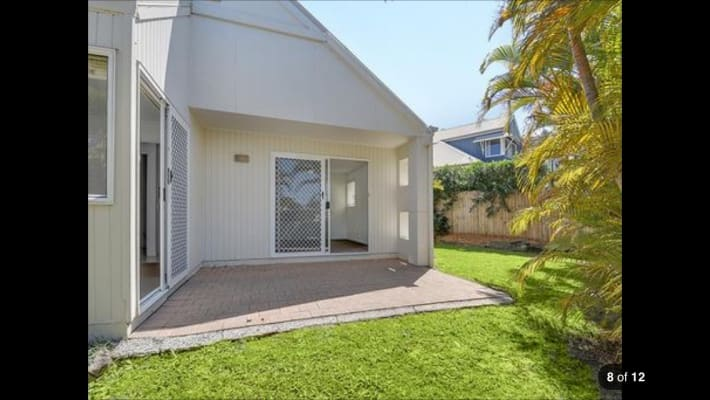 $180, Share-house, 3 bathrooms, Poinsettia Avenue, Mooloolaba QLD 4557
