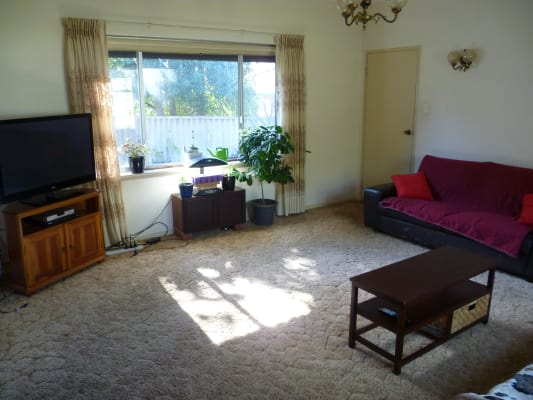 $150, Share-house, 4 bathrooms, Dumfries Road, Floreat WA 6014