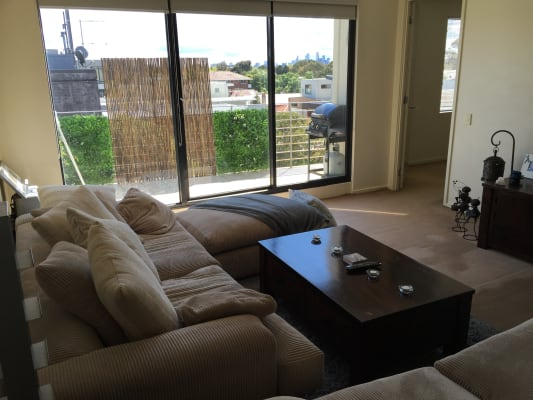 $235, Flatshare, 2 bathrooms, Ormond Road, Elwood VIC 3184