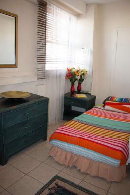 $195, Share-house, 5 bathrooms, Grey Street, Saint Kilda VIC 3182