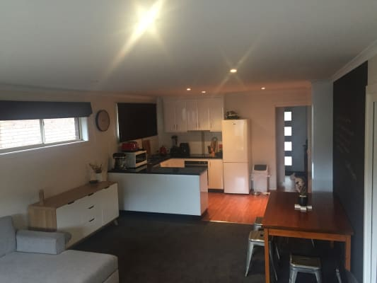 $175, Flatshare, 2 bathrooms, Chapel Street, Glenorchy TAS 7010