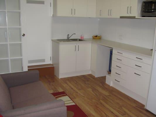 $220, Granny-flat, 1 bathroom, Summerland Circuit, Kambah ACT 2902
