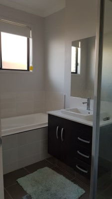 $160, Share-house, 4 bathrooms, Vargon Circuit, Holmview QLD 4207