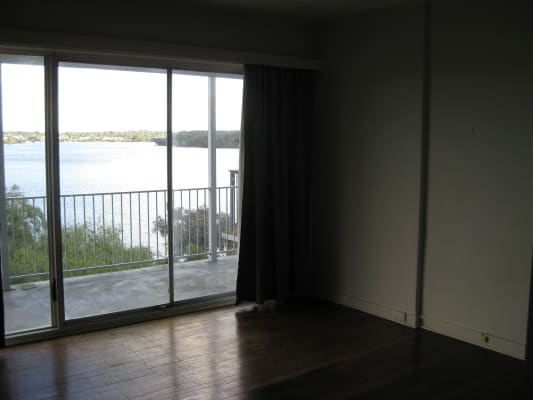 $150, Share-house, 3 bathrooms, River Way, Salter Point WA 6152