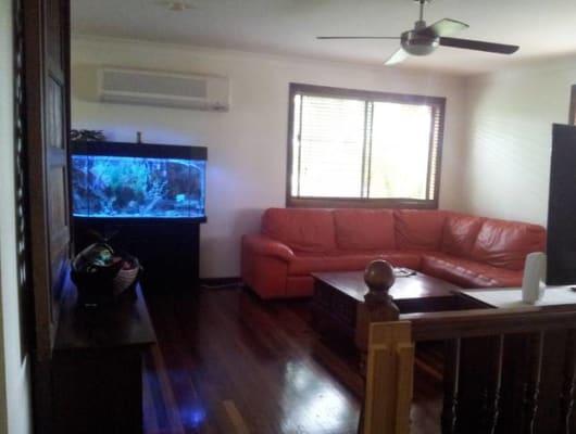 $170, Share-house, 2 bathrooms, South Street, Urangan QLD 4655
