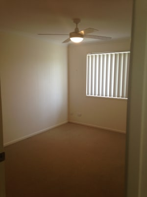 $140, Flatshare, 3 bathrooms, Marlborough Street, Bellbird Park QLD 4300