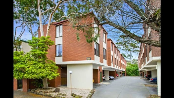 $200, Flatshare, 2 bathrooms, Wellington Street, Flemington VIC 3031