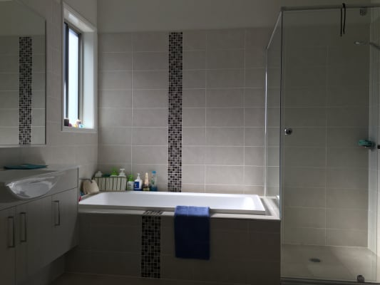 $170, Share-house, 3 bathrooms, Sinclair Parade, Jordan Springs NSW 2747