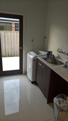 $170, Share-house, 5 bathrooms, Dusky Bells Drive, Cranbourne West VIC 3977