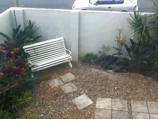 $250, Granny-flat, 1 bathroom, Stradbroke Street, Gold Coast QLD 4217