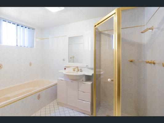 $340, Flatshare, 3 bathrooms, Francis Street, Bondi Beach NSW 2026