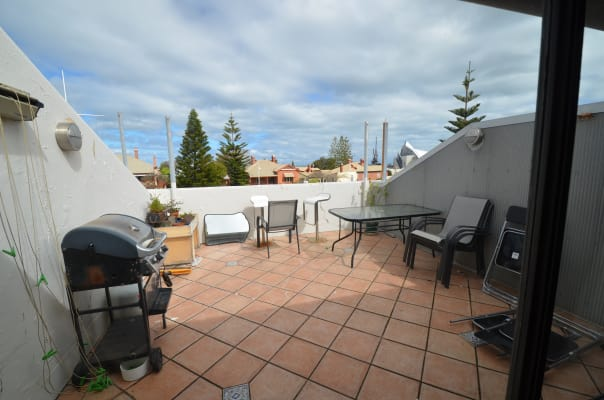 $300, Flatshare, 2 bathrooms, Little High Street, Fremantle WA 6160