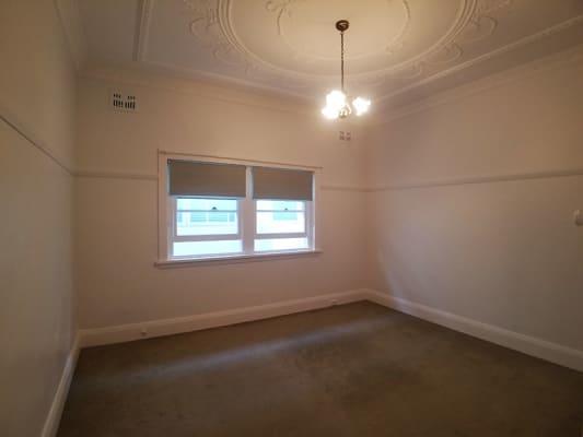$360-500, Flatshare, 3 rooms, Fletcher Street, Tamarama NSW 2026, Fletcher Street, Tamarama NSW 2026