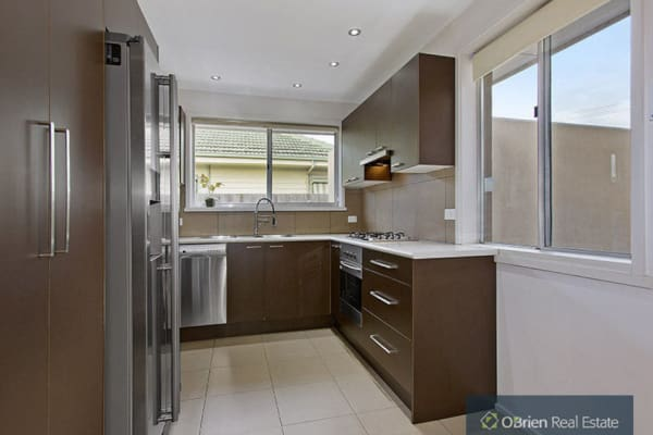 $190, Share-house, 2 bathrooms, Nepean Highway, Mentone VIC 3194