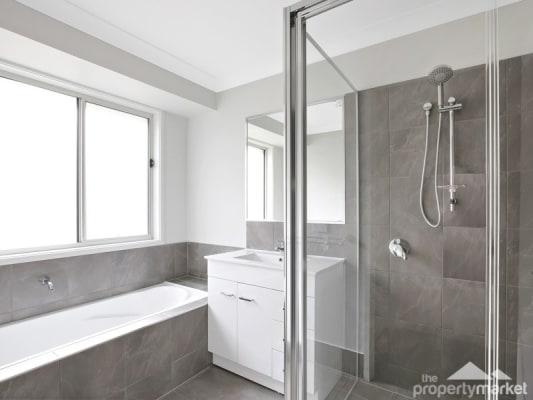 $220, Whole-property, 2 rooms, Goorangai Avenue, Wadalba NSW 2259, Goorangai Avenue, Wadalba NSW 2259