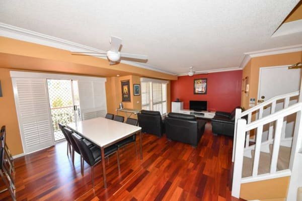 $200, Flatshare, 3 bathrooms, Maryvale Street, Toowong QLD 4066