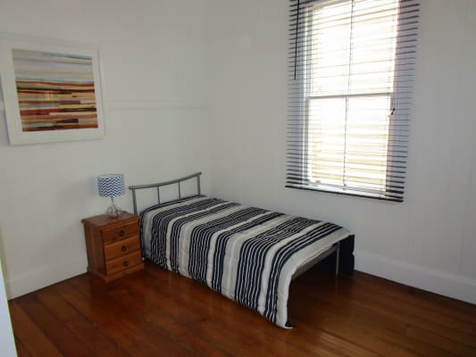 $230, Studio, 1 bathroom, Warren Street, Fortitude Valley QLD 4006