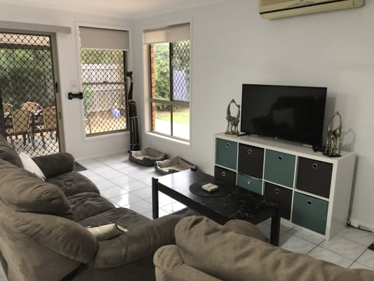 $200, Share-house, 4 bathrooms, Theresa Street, Golden Beach QLD 4551