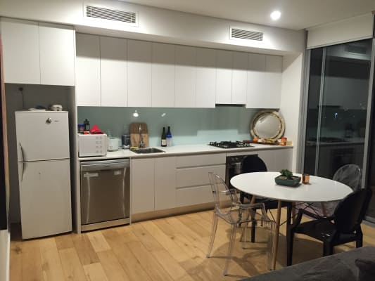 $380, Flatshare, 2 bathrooms, Chalmers Street, Surry Hills NSW 2010