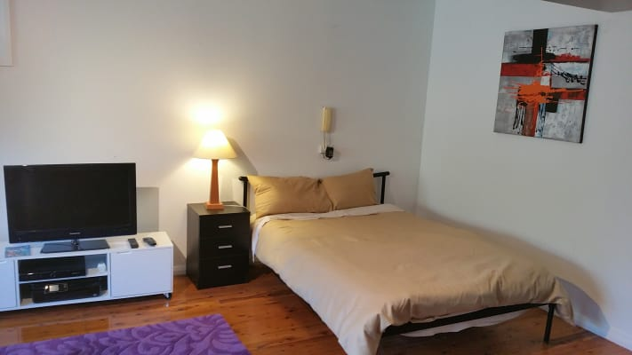 $340, Studio, 1 bathroom, Wakehurst Parkway, North Narrabeen NSW 2101
