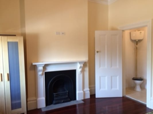 $260, Share-house, 5 bathrooms, Elgin Street, Carlton VIC 3053