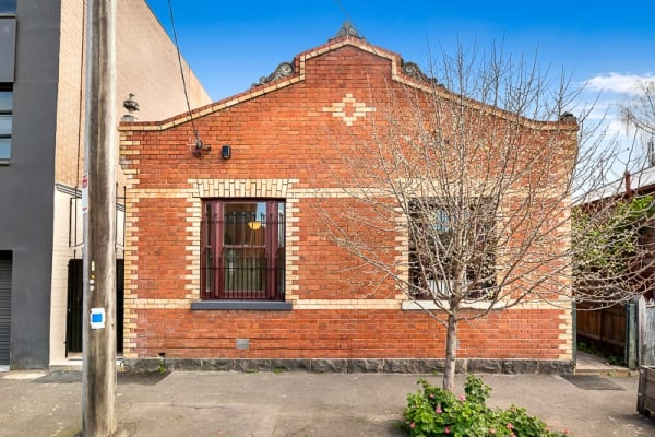 $795, Whole-property, 2 bathrooms, Oxford Street, Collingwood VIC 3066