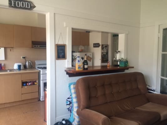 $130, Flatshare, 3 bathrooms, Broadway, Elwood VIC 3184