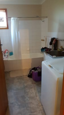 $155, Flatshare, 2 bathrooms, Lincoln Street, Lindisfarne TAS 7015