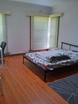 $175, Share-house, 4 bathrooms, Station Street, Burwood VIC 3125