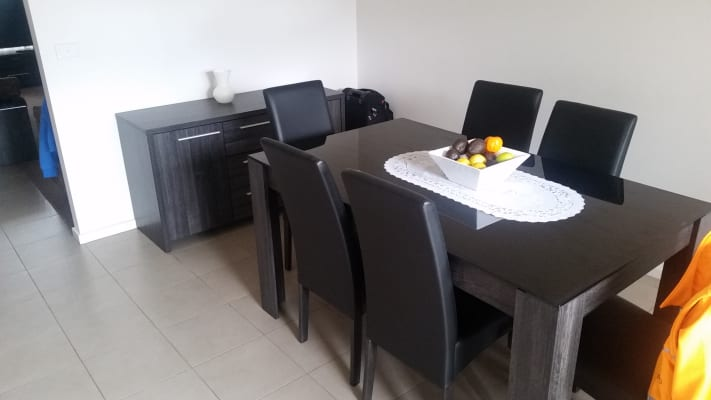 $120, Flatshare, 2 bathrooms, Deutgam St, Werribee VIC 3030