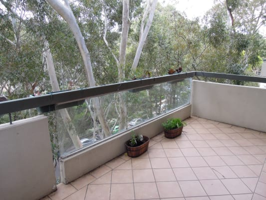 $285, Flatshare, 2 bathrooms, Helen Street, Lane Cove North NSW 2066