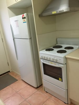 $200, Share-house, 4 bathrooms, Elfin Street, Robina QLD 4226