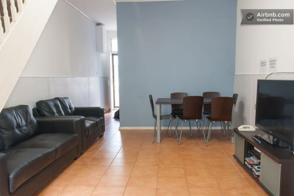 $200, Share-house, 3 bathrooms, Quarry Street, Ultimo NSW 2007